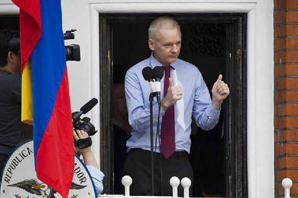 СМИ: Эквадор начал выгонять Ассанжа из посольства?. 390065.jpeg