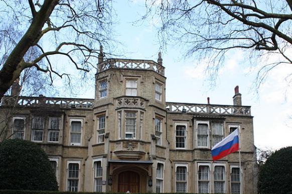 Посольство РФ предложило провести день открытых дверей для британских спецслужб.