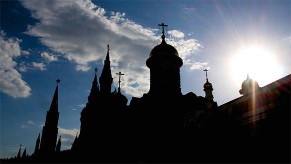 Погода в столице побила очередной температурный рекорд. москва, погода, солнце, кремль, церковь