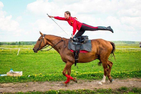 Джигитовка - казачье искусство управления конем. Джигитовка