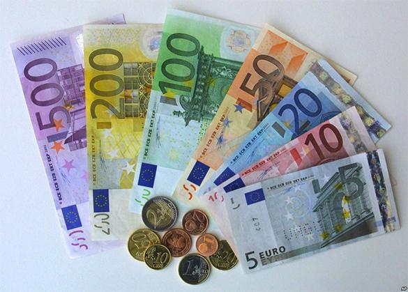 Украина живет в долг: Европарламент выделил кредит 1,8 млрд евро. Евровалюта