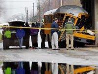 Шесть школьных автобусов столкнулись на дороге в США. 259070.jpeg