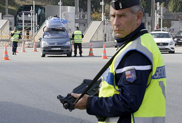 Париж, полиция