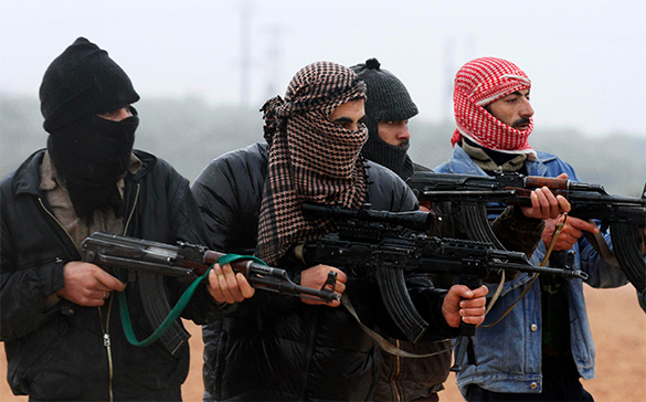 боевики-террористы с оружием