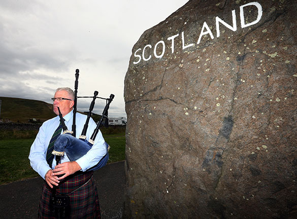 Премьер-министр Шотландии Алекс Салмонд покинул свой пост. Алекс Салмонд ушел с поста премьера Шотландии