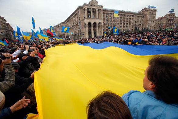Киев решил создать канал иновещания. флаг Украины