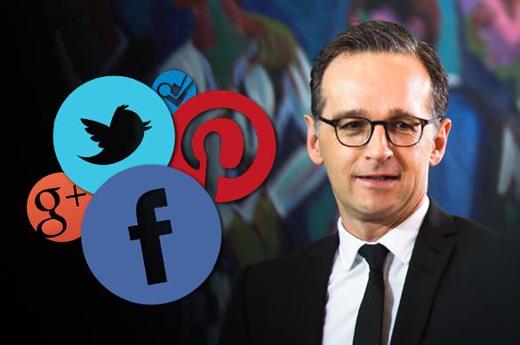 Кабмин Германии одобрил штрафы для соцсетей за агрессию и фейко
