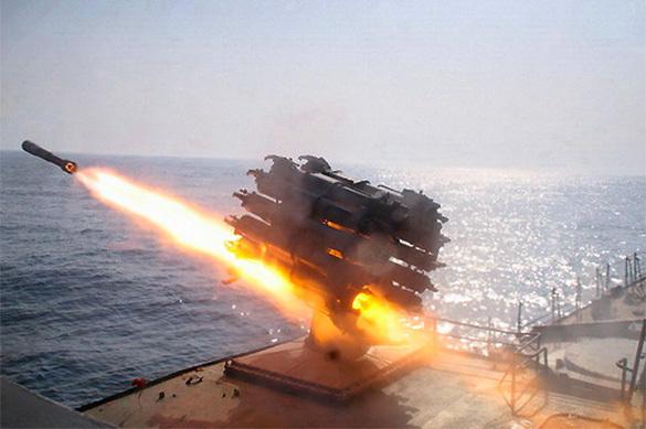 Российский фрегат испытал супер-ракеты над кораблем НАТО. ВИДЕО