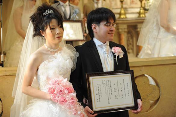 Японцам разрешили жениться с 18 лет для спасения страны. 388079.jpeg