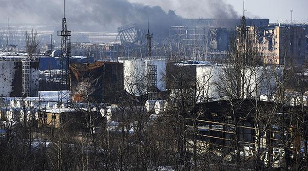 Украинская армия расстреляла на Пасху больницу, храм и дом в Донецке. донецк