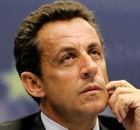 Саркози не стал опровергать информацию, что может покинуть