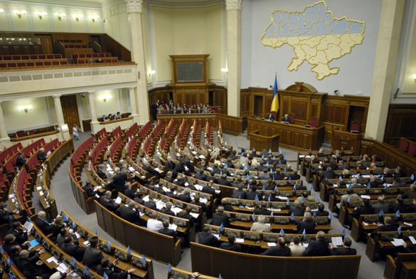 Тягнибок выступает за выборы в условиях военного положения. Тягнибок предлагает выборы при военном положении