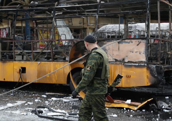 Киев в Донбассе может устроить только грабеж - экспер.
