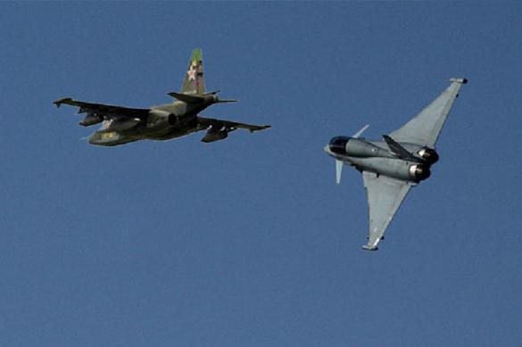 Два на одного: истребители НАТО перехватили Су-24 у Крыма. 390085.jpeg