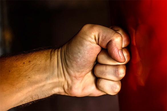 Под Иркутском студент-боксер спас несовершеннолетнюю от вора и н