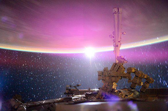 Теорию зарождения жизни на Земле подтвердили пробы с МКС. 375087.jpeg