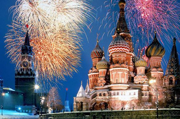 Главную елку страны доставили в Московский Кремль. 396089.jpeg