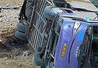 Водитель потянулся за семечками и перевернул автобус