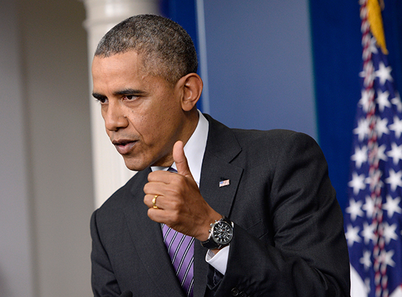 Барак Обама не смог удержаться от партии в гольф тотчас после обращния по поводу казни. 296094.jpeg