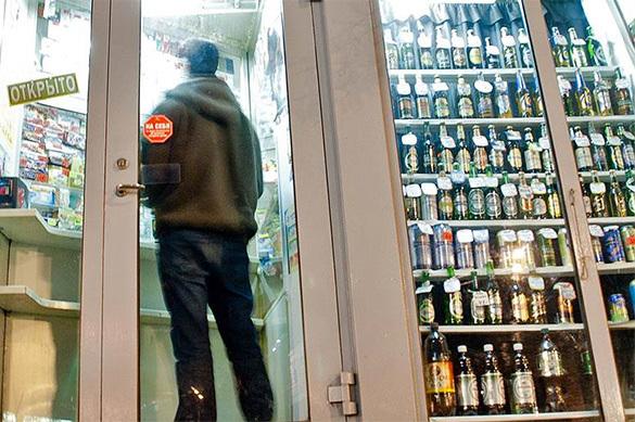 Иркутск утонул в поддельном алкоголе. А что в других городах?