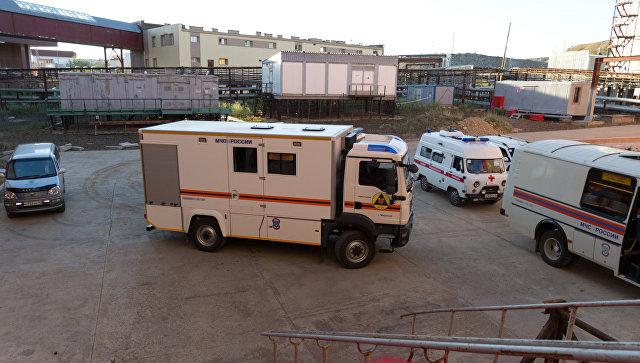 Спасатели установили возможное нахождение горняков на алмазном руднике. Спасатели установили возможное нахождение горняков на алмазном р