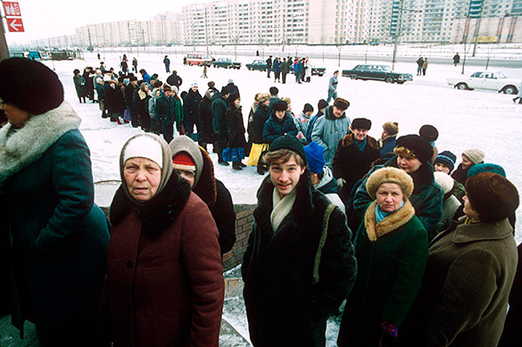 Вдова Ельцина потребовала считать 90-е годы святыми
