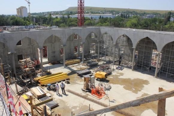 Самую большую мечеть в Восточной Европе построят в Крыму до конца года. Самую большую мечеть в Восточной Европе построят в Крыму до конц