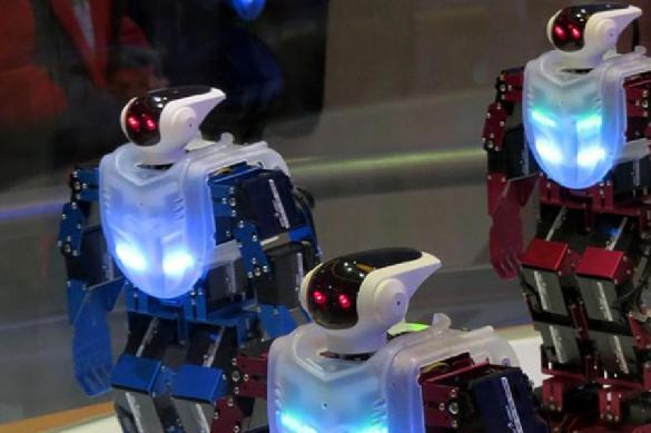 В Латвии пожелали заменить гастарбайтеров армией роботов. В Латвии пожелали заменить гастарбайтеров армией роботов