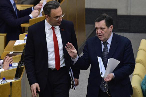 Они издеваются! Госдума раскрыла гигантские пенсии депутатов. 389099.jpeg