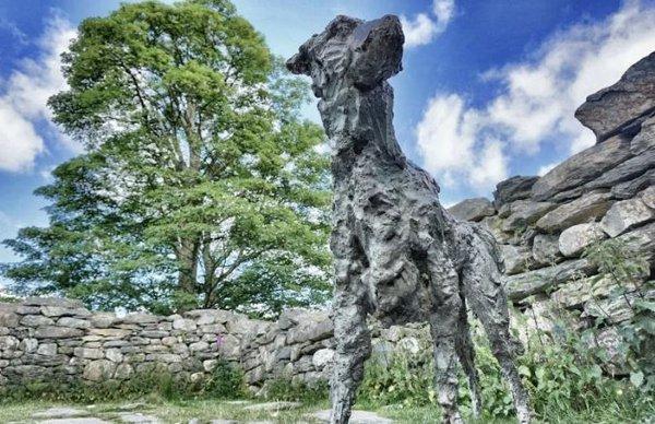 Памятники преданности, любви и самоотверженности. Памятник собаке