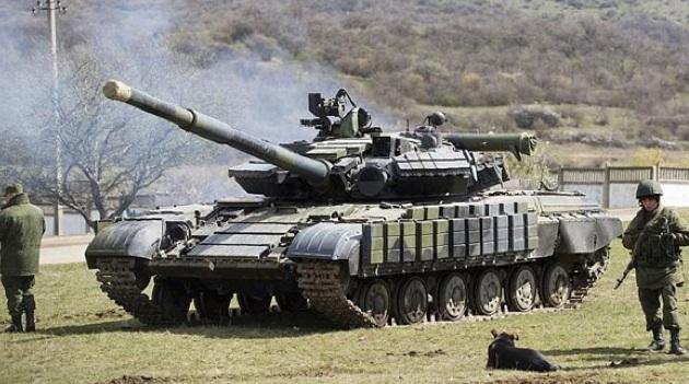 Андрей Кошкин: Запад мог провезти русские танки на Украину через третьи страны.