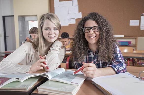 Как заставляют улыбаться школьников в Америке. 387109.jpeg