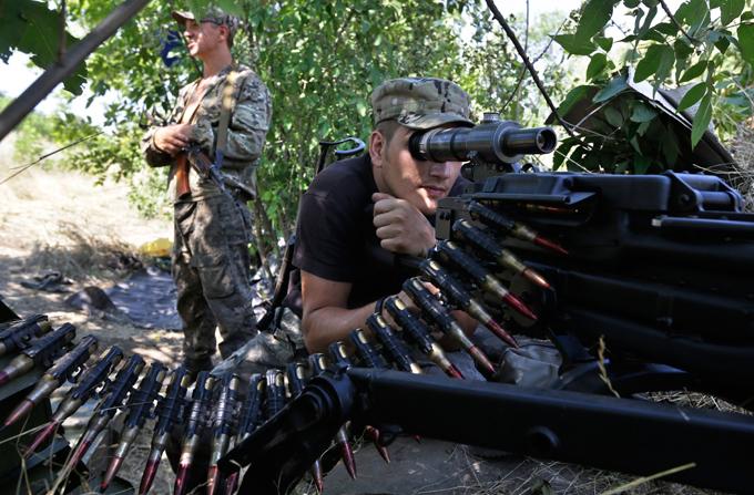 ЦИК ДНР: Ополченцы смогут голосовать на передовой.
