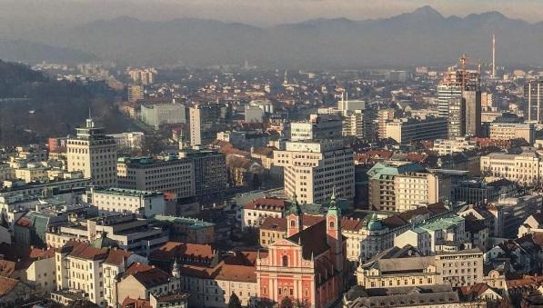 Между Словенией и Хорватией разразился скандал из-за коробки кон