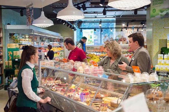 Магазины сбывают некачественные товары и продукты под Новый год. 396113.jpeg