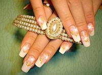 Если у вас крепкие ногти, выбирайте пилочку с песочным или