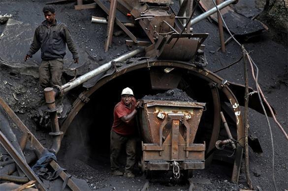 Экономику Украины порвал в клочья Донбасс?