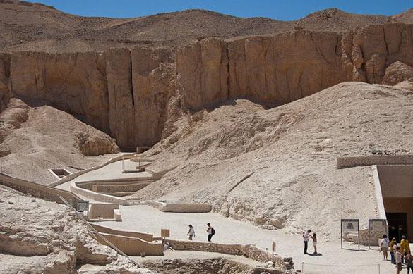 В Египте археологи нашли неизвестную гробницу. 377119.jpeg