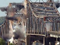 Смертник взорвал мост в одной из провинций Ирака