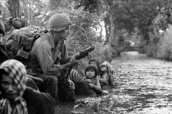 Впервые после войны во Вьетнам прибыл авианосец США. 384125.jpeg