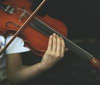 Какую музыку слушать в лечебных целях?