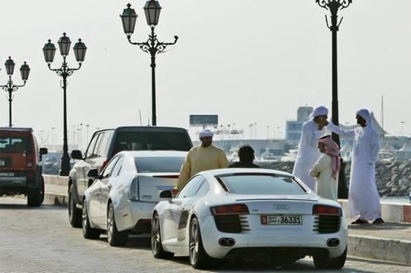 Власти Дубая из-за роста ДТП просят постящихся водителей не спешить на вечернее разговление во время Рамадана. 322127.jpeg