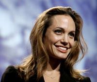 Анджелина Джоли была ранена на съемках