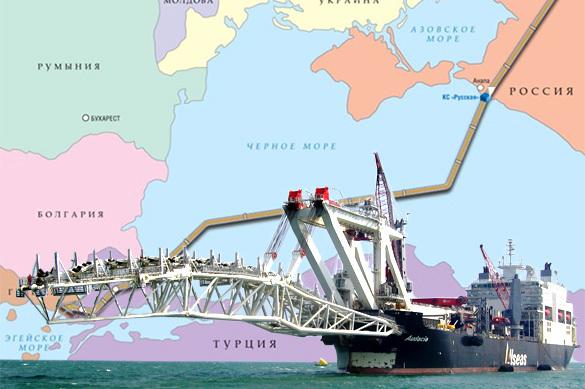 Путин поручил «Газпрому» начать укладку труб наморском участке «Турецкого потока»