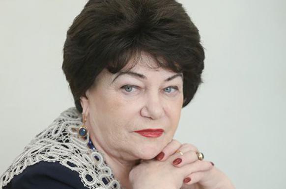 Глава комитета Госдумы призвала лечить геев.