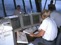 Авиадиспетчер спас 300 человек