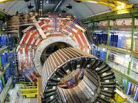 Адронный коллайдер временно прекратил эксперименты. 277131.jpeg