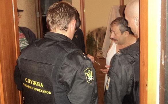 В Троицке разыскивают коллектора за долги