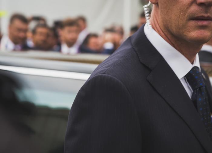 Торги на Токийской бирже открылись снижением индексов