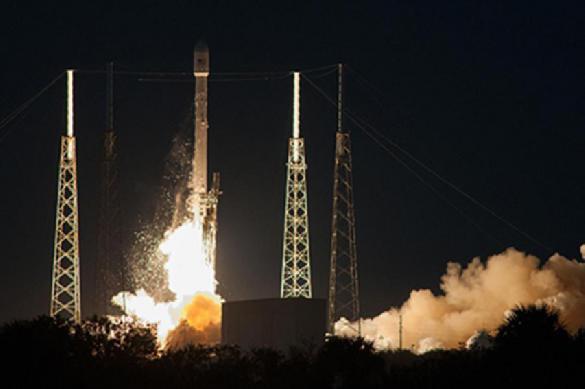 SpaceX потеряла ступень тяжелой ракеты Falcon Heavy. 403137.jpeg